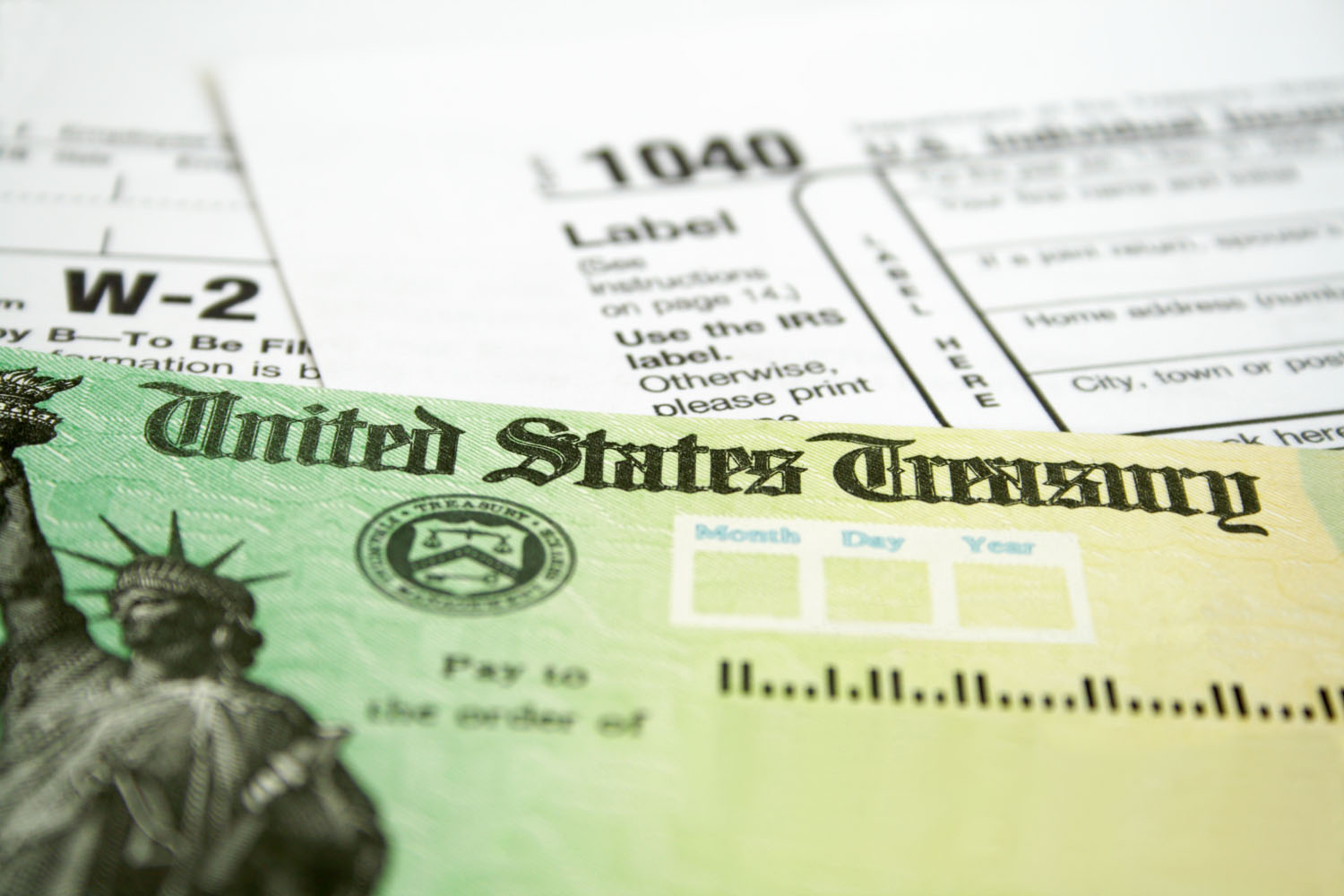 Whether People Should Borrow Money to Pay Taxes